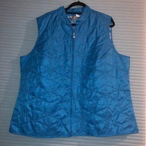 Woman's plus size vest